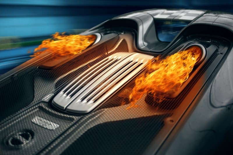 Exhaust flames: Why do supercars lose control